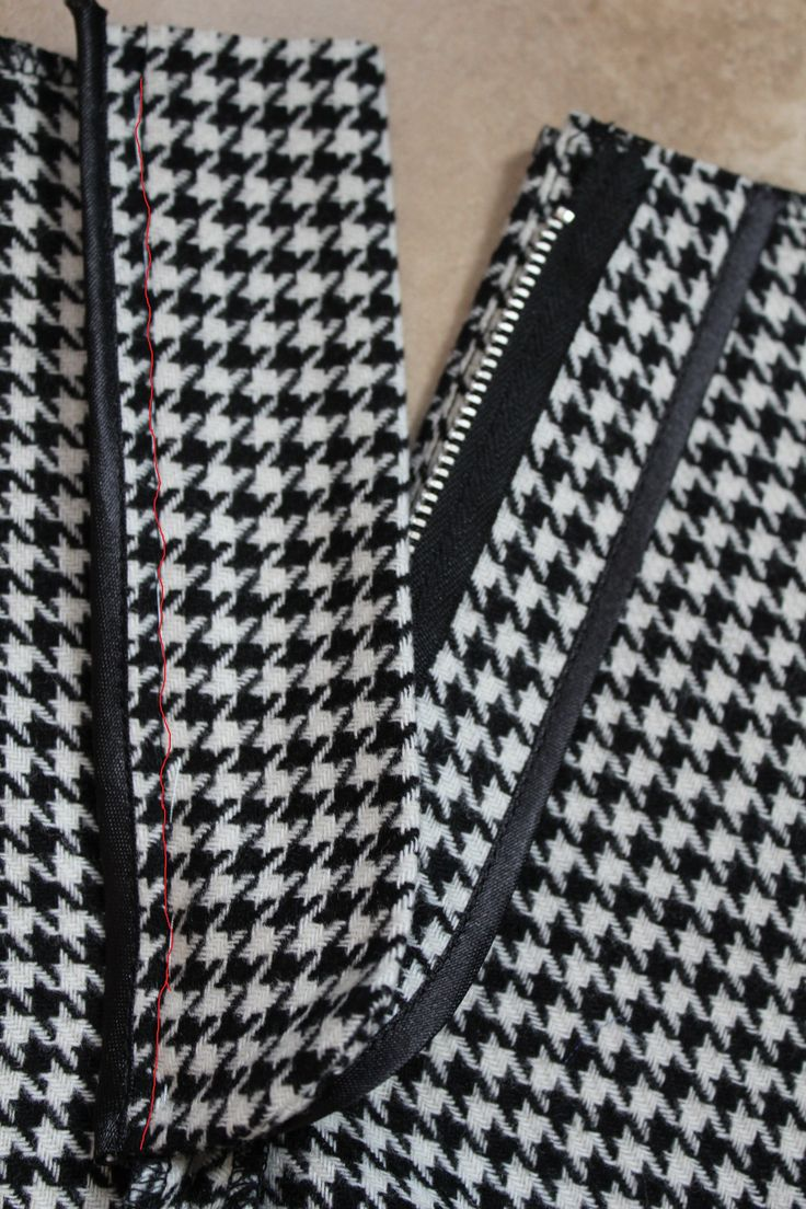 Обработка застёжки-молния в брюках