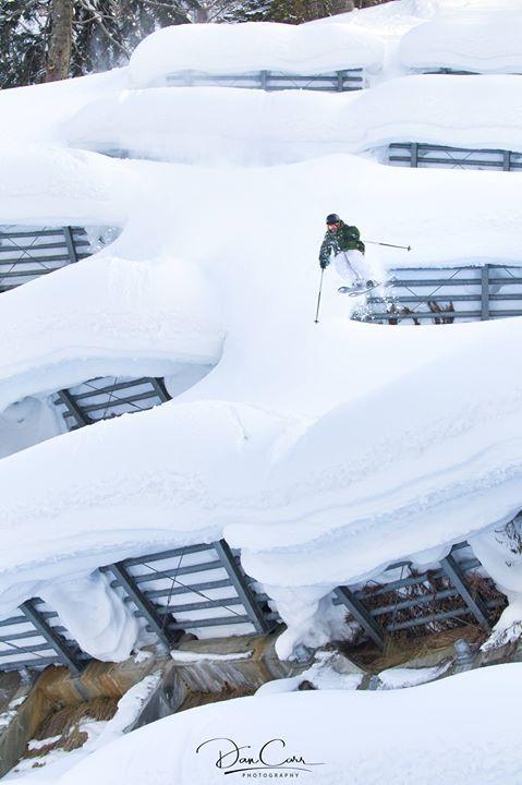 Roadside skiing activities in Japan
