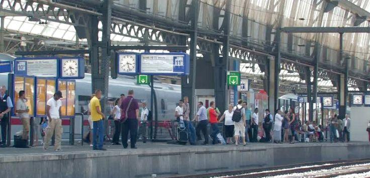 La red de tranvía, metro y tren de los Países Bajos - http://www.absolut-amsterdam.com/la-red-tranvia-metro-tren-los-paises-bajos/
