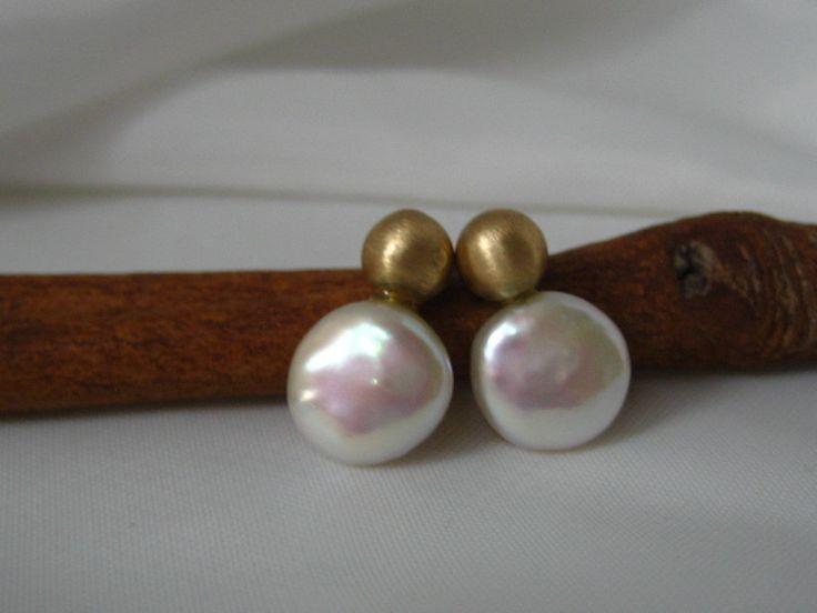 Gold Ohrstecker - Perlenstecker Ohrstecker 585 Gold/Perle - ein Designerstück von art-argentum bei DaWanda