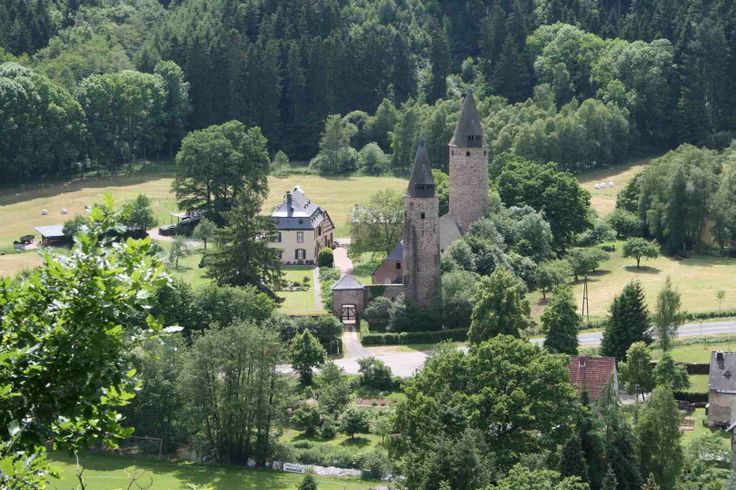 42 best images about castles on pinterest royalty free for Eifel germany hotels