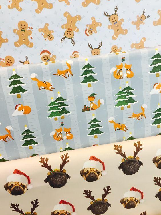 Vánoční balící papíry s visačkami, oblíbený motiv Mopslík a Lištička #wrap #vanoce #christmas