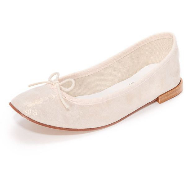 Repetto Cendrillon Ballet Flats (425 CAD) ❤ liked on Polyvore featuring shoes, flats, esprit, bow ballet flats, ballerina shoes, leather ballet shoes, ballerina pumps and ballet pumps