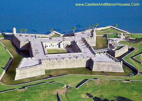 Castillo de San Marcos, St. Augustine, Florida, USA....   http://www.castlesandmanorhouses.com/photos.htm ....   The Castillo de San Marcos is the oldest masonry fort in the continental United States. Located on the shore of Matanzas Bay, construction began in 1672, 107 years after the city's founding by Spanish Admiral and conquistador Pedro Menéndez de Avilés, when Florida was still part of the Spanish Empire.