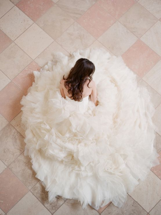 cupcake. beautiful overhead dress shot: Wedding Dressses, Photo Ideas, Wedding Dresses, Weddings, Gowns, Dreams Wedding, Pictures, Bride, The Dresses