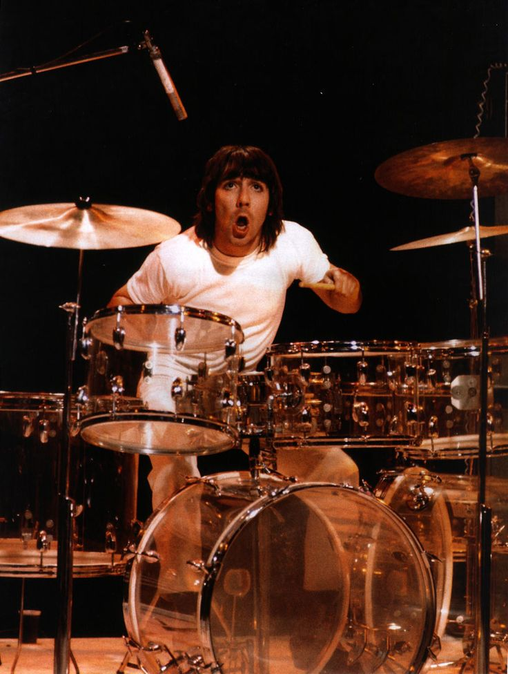 The Who's drummer Keith Moon dies from a drug  overdose. (1978)