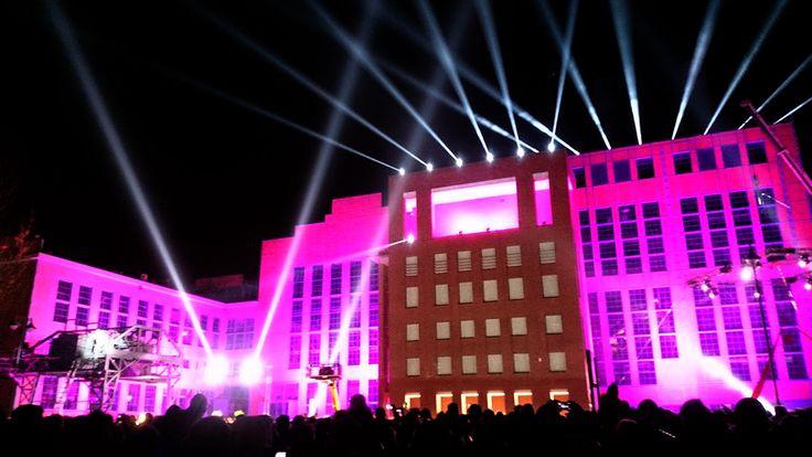 Mappingi 2D i 3D, projekcje, spektakle multimedialne, świetlne instalacje artystyczne, pokazy laserowe i koncerty w trakcie V Light Move Festival.