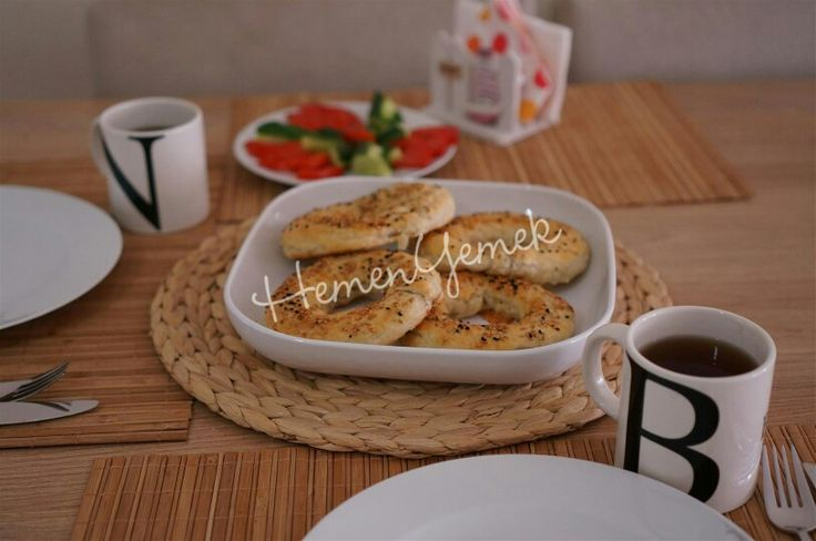 Milföylü simit/bagel