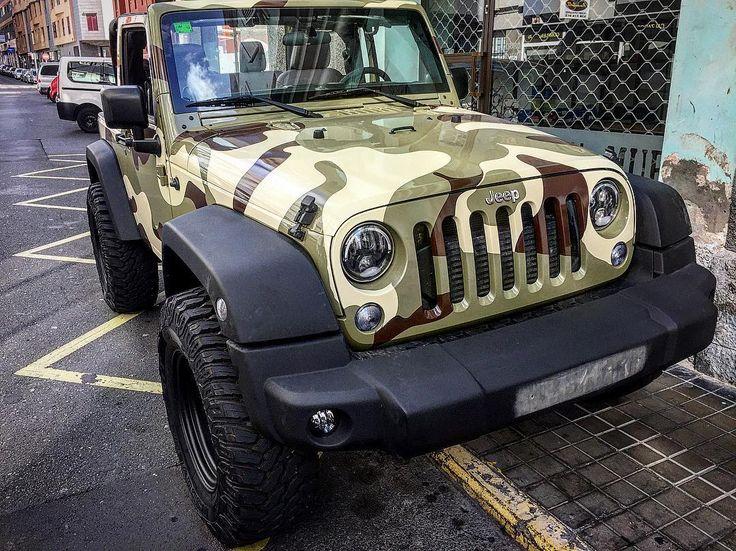 No nos gusta nada la guerra pero esta tarde este #jeep #camuflaje con neumáticos bien gordos nos ha hecho imaginarnos al más puro estilo #equipoA. http://www.101racing.es#offroad #jeeplife #wrangler #4x4 #jeepbeef #jk #dodge #toyota #ford #jeepwrangler #xj #itsajeepthing #lifted #jeepporn #chevy #cherokee #offroading #jeepnation #jeeps #jeeplove #jeepjk #mud #laspalmas