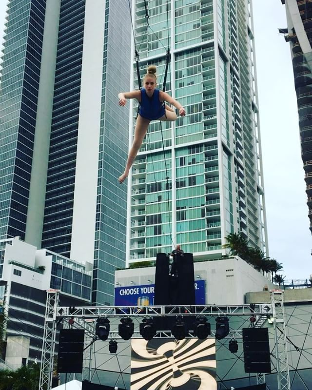 Rehearsal for a crazy idea of the director. She is flying... is flying. #rigging #flying #paramountmwc #paramountworldcenter #eventservices #fullproductionservices #fulleventservices #eventproduction #eventservices #miamievents #lightingdesign #LEDscreen #LEDvideowall #LEDwall #lighting #sound #eventplanner #audiovisual  #trussing #powerdistro #eventplanner #miamieventplanner #stage #camera #professionalcamera #videocamera #eventrental #crossrental  #led3mm #miamiparty #galas #concert…