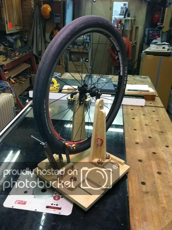Diy Wheel Truing Stand Tokyo Cycling Club Proyectos Que