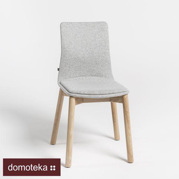 LINAR PLUS to zmodyfikowana wersja projektu krzeseł LINAR z 2007 roku. Projektant Piotr Kuchciński przekształcił kontur oparcia, dodał siedzisko ze sklejki, charakterystyczną tapicerowaną nakładkę i nowe podstawy krzeseł – dzięki temu znajdują szerokie zastosowanie w przestrzeni nie tylko mieszkań, ale też restauracji i kawiarni. Zapraszamy do Meble NOTI.