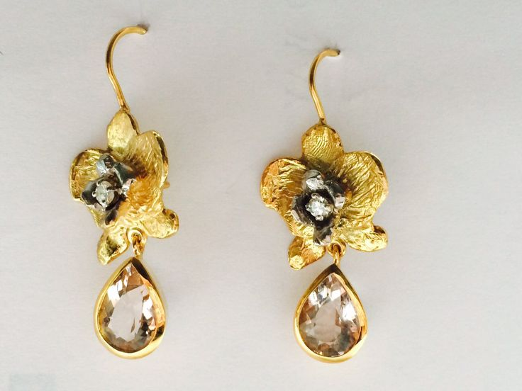 Orchid Earrings, 9ct Gold, diamonds and morganites by kochiokada on Etsy