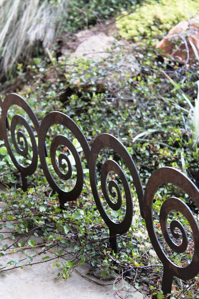 Spiral Garden Stake, Steel Garden Decor, Planter Edge, Garden Edging By  ApocalypseFab On