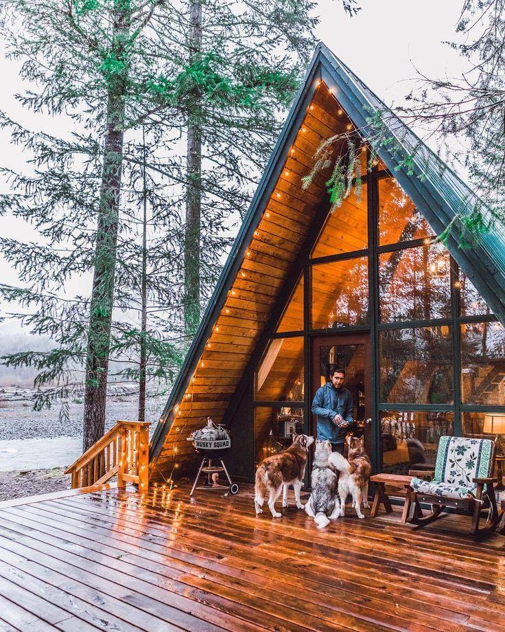 """wild-cabins: """"Husky Squad """""""