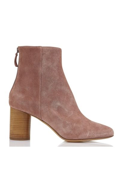 1a604b7d8f252 Nouvelle Collection Printemps-Eté 2018 BOTTINES À TALONS EN DAIM VIEUX ROSE  . Retrouvez la gamme de CHAUSSURES FEMME.…   The boots are made for walkin   ...