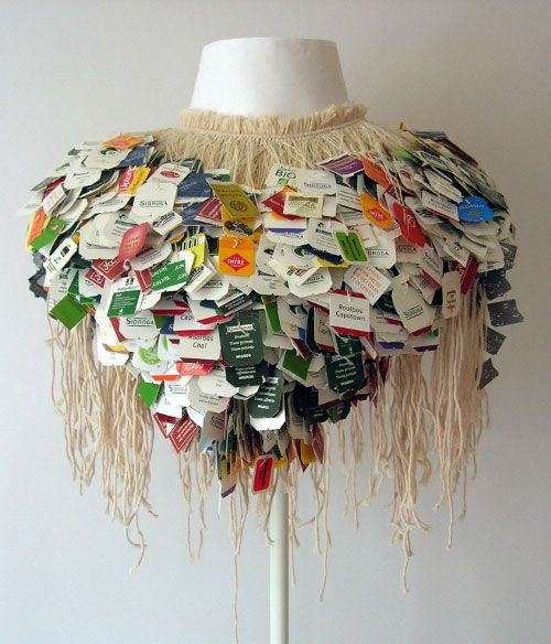 Florence Jaquet, Artist: Neck Collar, 2011, made of tea tags and cotton thread.
