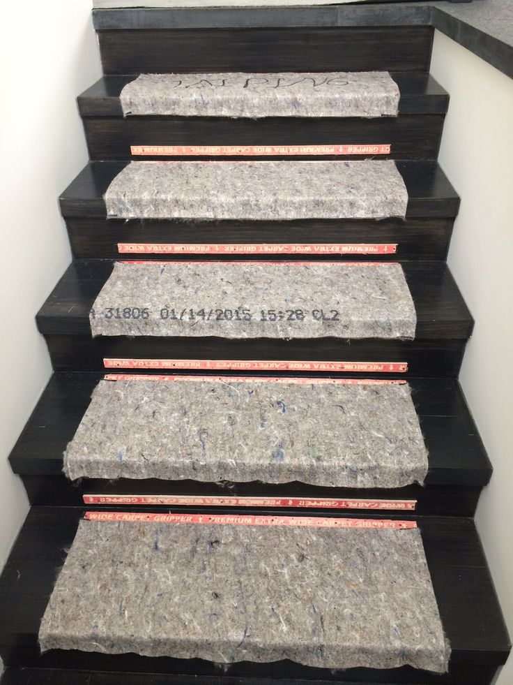 Best 32 Best Carpeted Stairs Images On Pinterest Stair Mats 640 x 480