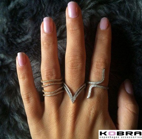 """""""Macie""""bred sølv ring med sten"""