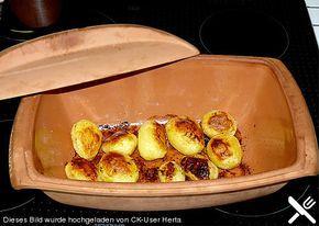 Kartoffeln aus dem Römertopf, ein besonderes Geschmackserlebnis