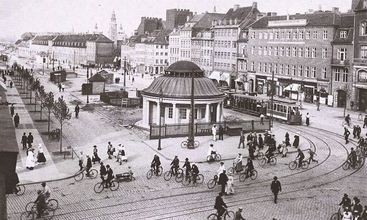 vintage everyday: Vintage Bicycles in Copenhagen, Denmark from Between the 1910s and 1950s