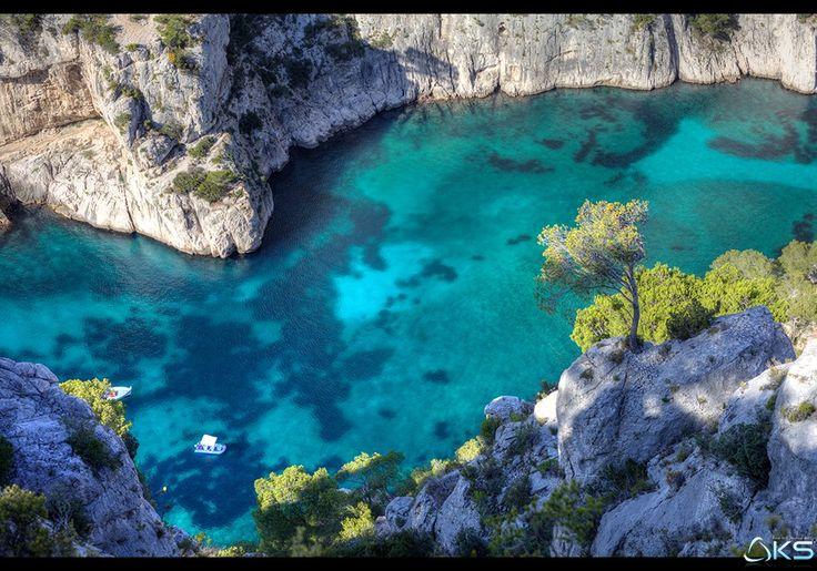 Blue Paradise by Karim SAARI on 500px  #blue #calanque #diving #dream #marseille #mediterranee #mer #nature #paradise #provence #provence-alpes-cote-d'azur #sea #snorkeling