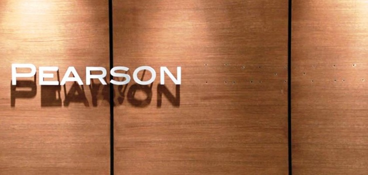 The wall has been cleared of the Hardman name. Will the future hold Pearson Spectre? Stay tuned. #suits #suitsfinale Suits USA suits_usa #gabrielmacht Harvey Specter