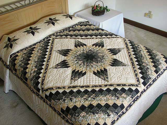 Lone Star Quilt -- wonderful ably made Amish Quilts from Lancaster (hs1658)