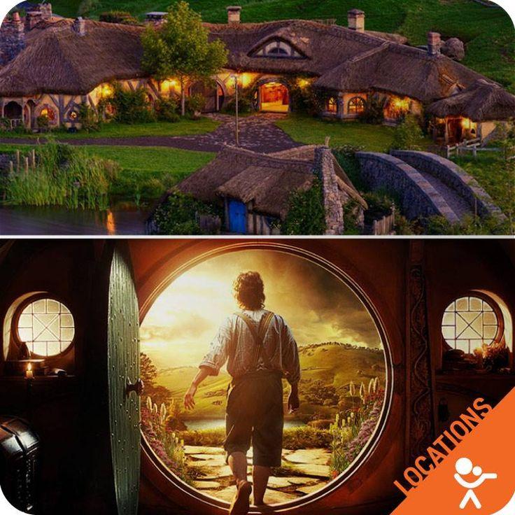"""LOCATIONS DA STAR Se siete curiosi viaggiatori e amanti della celebre saga de """"Il Signore degli Anelli"""", non potete perdervi i luoghi in cui vivevano #Bilbo e #FrodoBaggins, percorrendo un appassionante e suggestivo tour, immersi in un'atmosfera bucolica esattamente a #Matamata, nel nord della #NuovaZelanda, ai piedi della suggestiva catena montuosa di #KaimaiRange. Qui, in un luogo di impareggiabile fantasia, nasce #Hobbiton."""