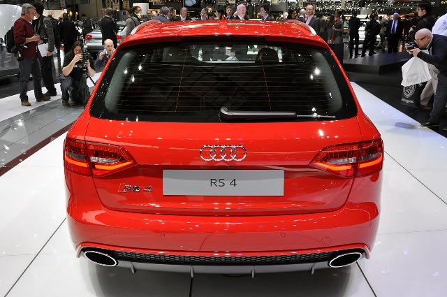 2013 Audi RS4 Avant highest speed electric circuit