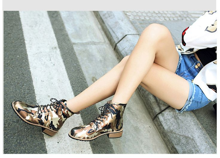 Women's Low Heel Combat Boots Mid-Calf Boots With Lace-up