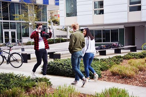 Are You An Uw Student With A Creative Mind Who Loves Learning And Has Video Experience Photography Experience A Plus Hfs Student College Life Photography