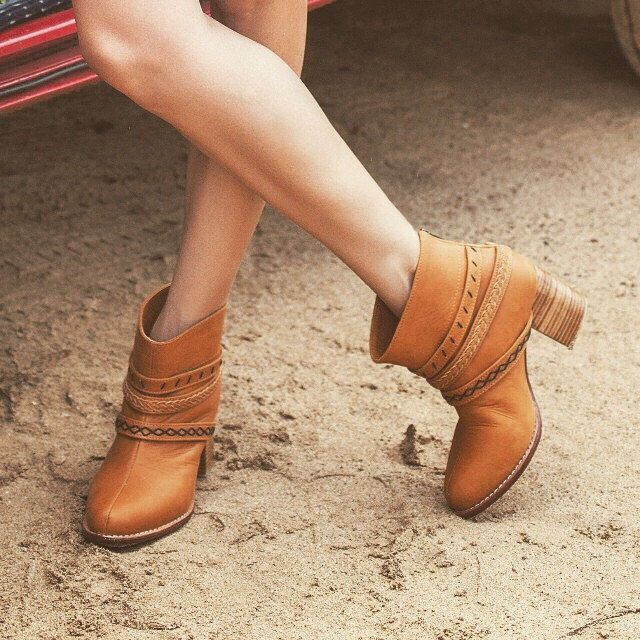 WANDERER. Tan leather boots / boho leather boots / leather ankle boots / ankle booties. Sizes 35-43. Available in different leather colors. by BaliELF on Etsy https://www.etsy.com/listing/225909573/wanderer-tan-leather-boots-boho-leather