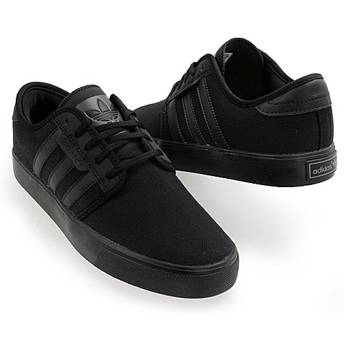 Adidas Originals Seely Black on Black.