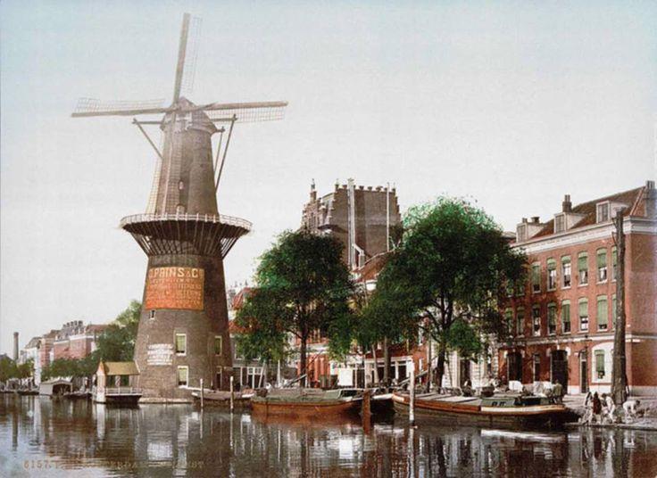 Rotterdam - Coolsingel. In 1480 is er al sprake van de singel tegenover de vest achter Bulgersteyn, later Coolsingel genoemd.