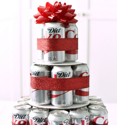 DIY Diet coke cake (or beer cake) -  birthday gift idea // Kólatorta (vagy sörtorta) egyszerűen házilag - kreatív ajándék // Mindy - craft tutorial collection // #crafts #DIY #craftTutorial #tutorial #MothersDayCrafts #FathersDayCrafts