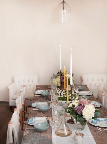 home inspiration: GWYNETH PALTROW'S EASTER TABLESCAPE - bellaMUMMA