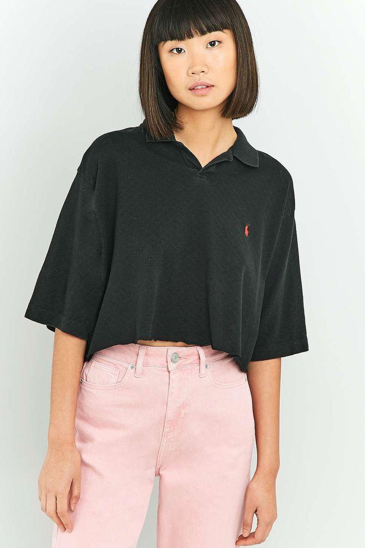 Urban Renewal Vintage Customised – Abgeschnittenes Poloshirt in Schwarz mit Logo