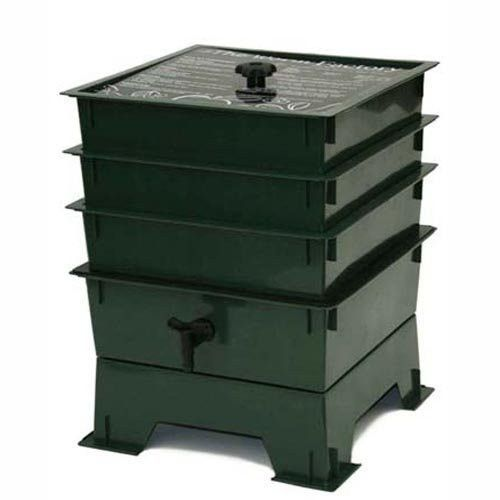 This 3-Tray Worm Composter - Worm Compost Factory in Green is an incredibly efficient way to convert kitchen scraps, junk mail and cardboard into nutrient-rich compost for your garden. Master gardener