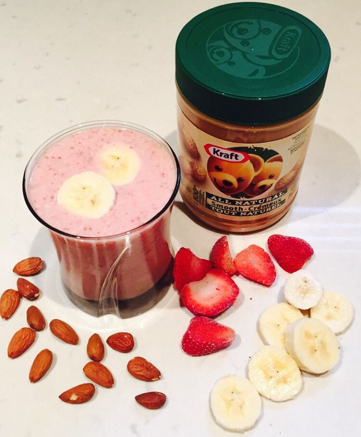 #strawberry #banana #natural #peanutbutter #almond #smoothie #healthy #organic #dairyfree #protein #healthnut