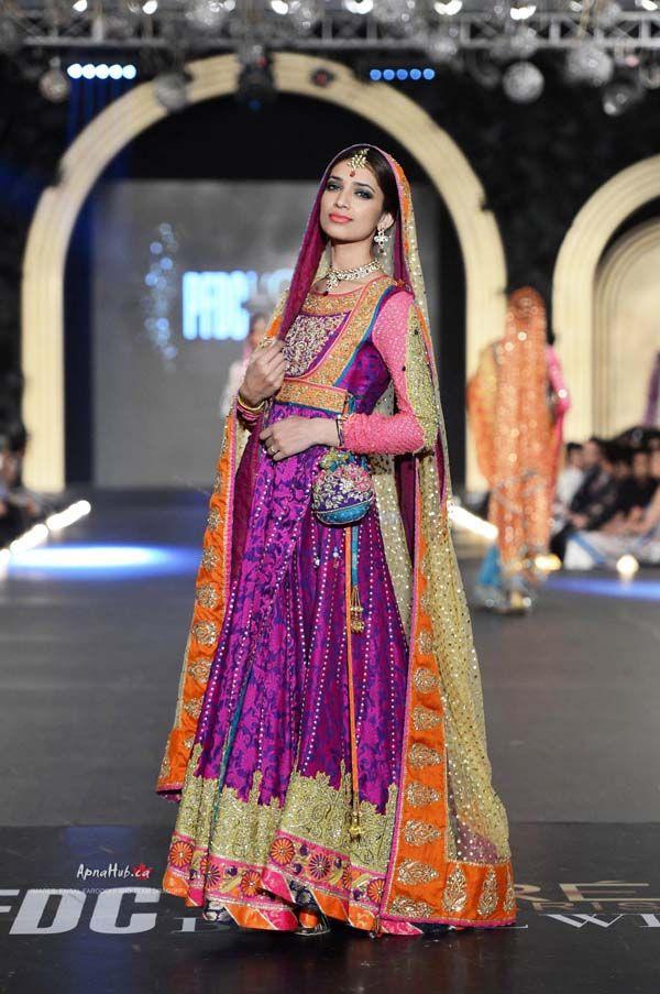 Nomi Ansari http://nomiansari.com.pk/ Pakistan at PFDC L'Oreal Bridal Fashion Week (Oct) 2013