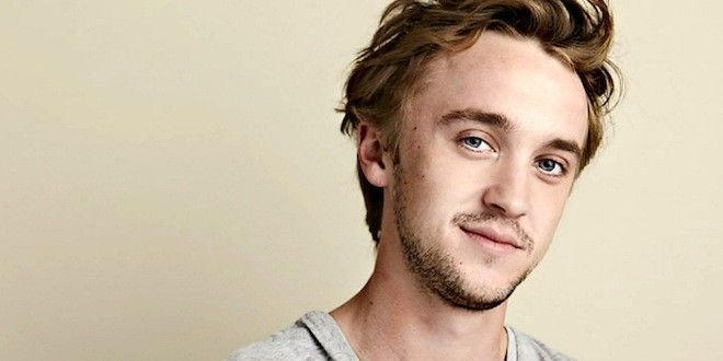 Chapter 1: that sexy Malfoy smirk