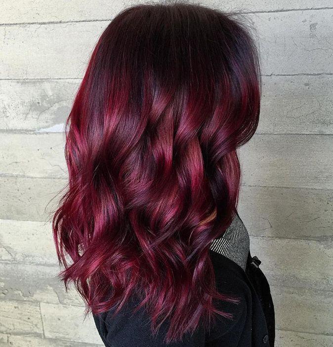 Schwarze Haare Lila Färben