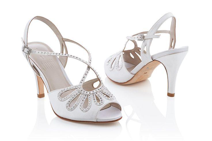 #Jakii Pippa [white heels with swarovski crystals]