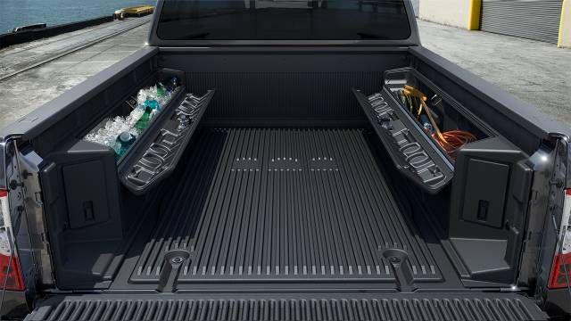 2017 Nissan Titan Boxes