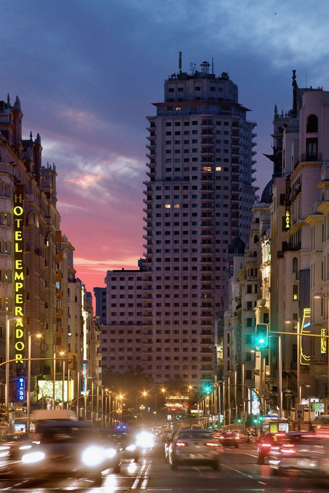 Vivir en las alturas de la Torre de Madrid