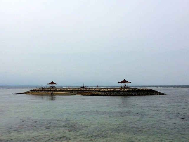 Jules Balland: Viagem de carro pela costa leste de Bali - Dia 1 D...