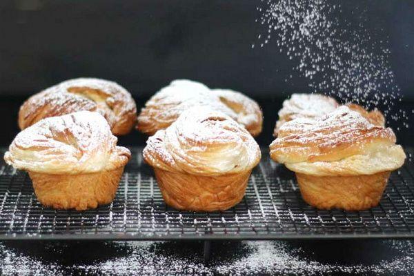 Többé nem kell választanod a muffin és a croissant közül. Ötvözd inkább a két kedvencet!