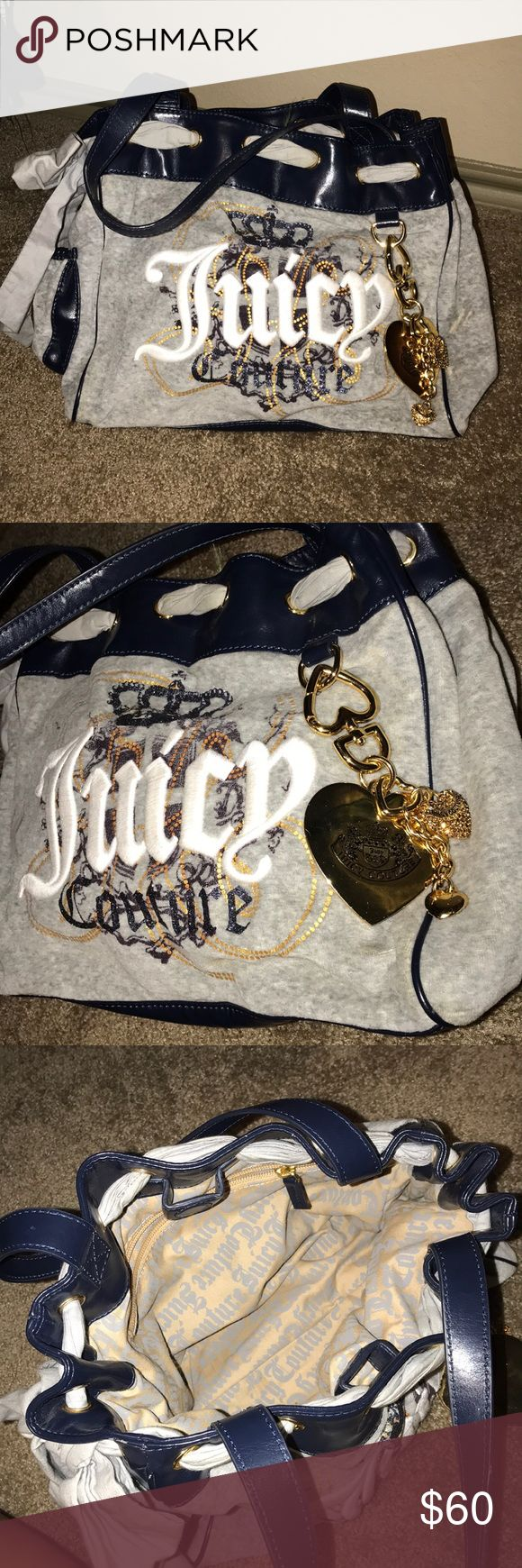 Juicy Couture Purse In great condition. No damage. Used only few times Juicy Couture Bags Shoulder Bags