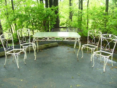 Lovely Vintage Wrought Iron Table And Four Chairs Patio / Garden Set With  Original Glass Top